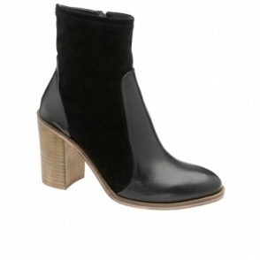 Black Northport Leather Heeled Boots | Ravel