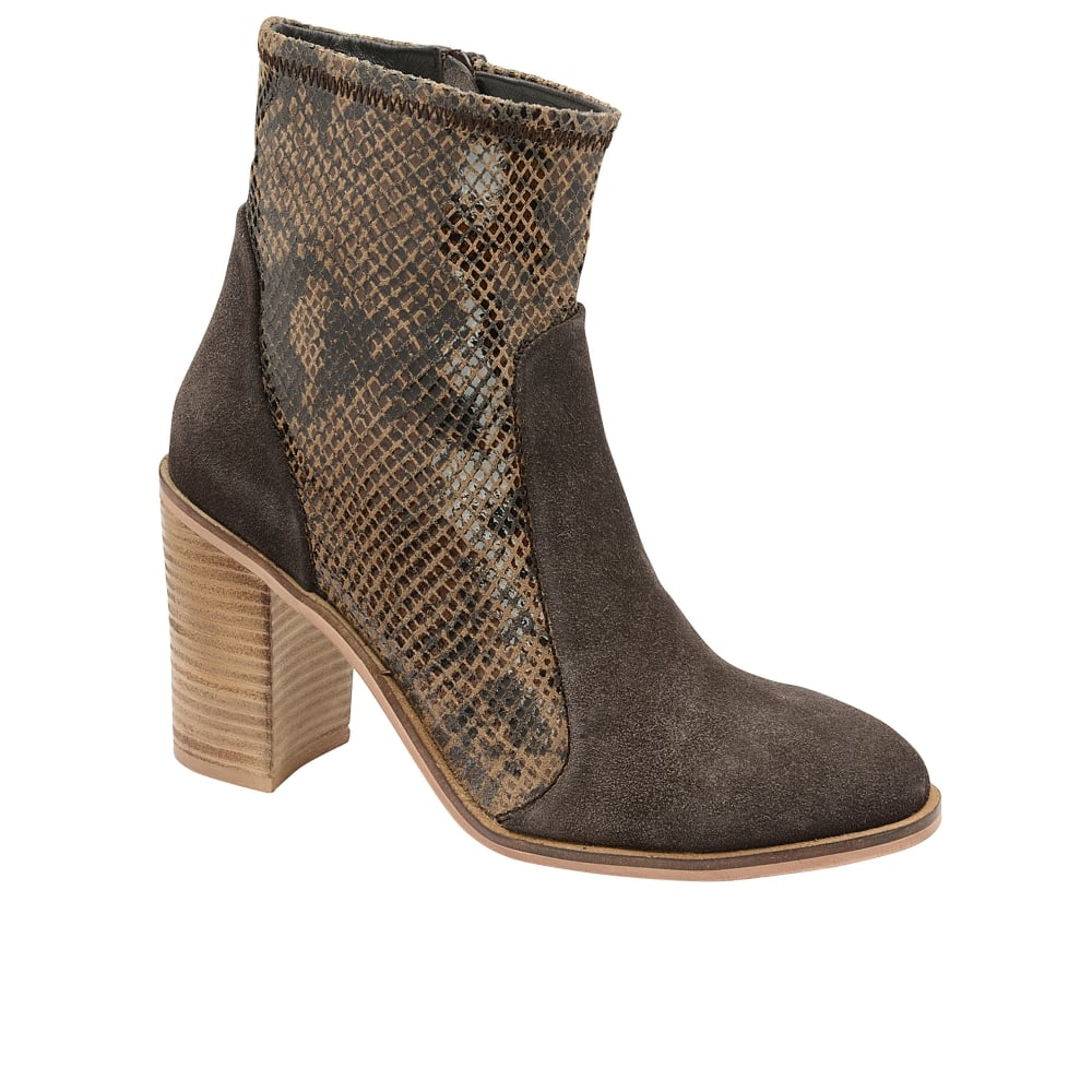 ravel northport heeled boots brown suede