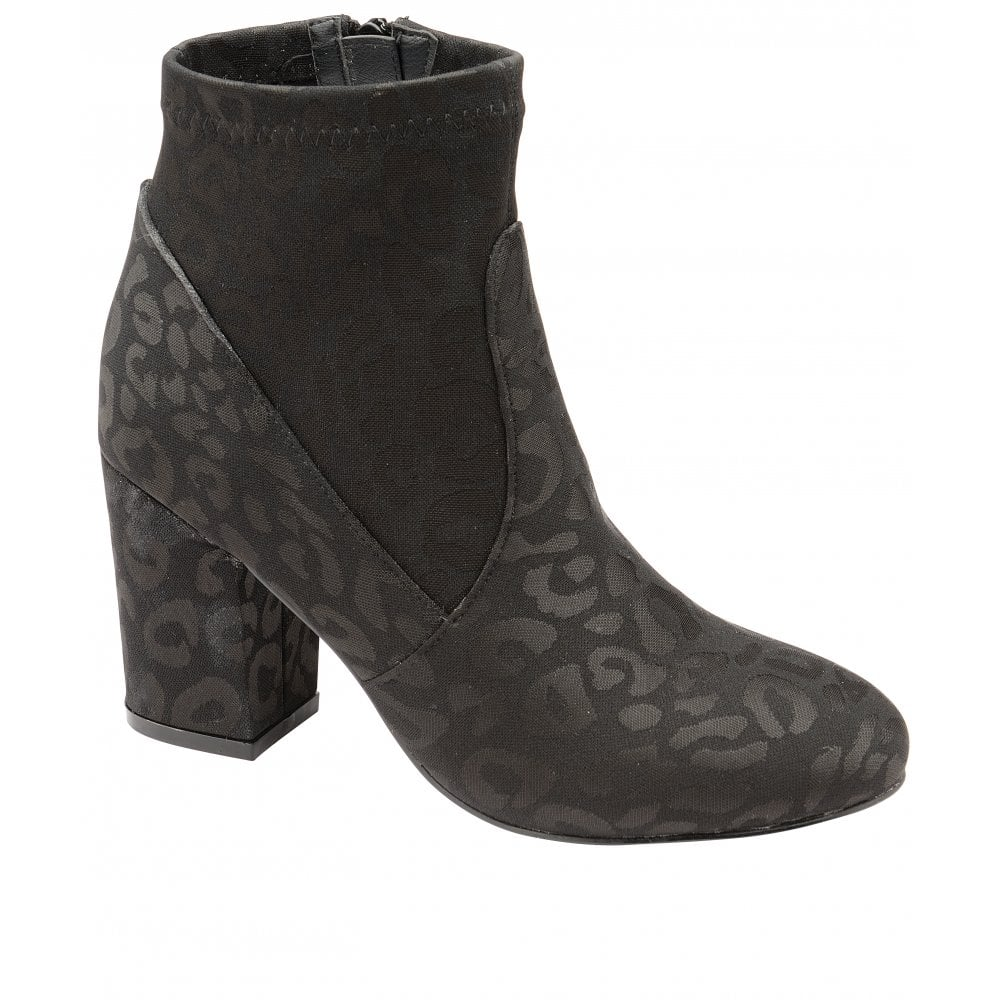 9e8be581c3e3 Buy Ravel ladies Stebbins boots in black online