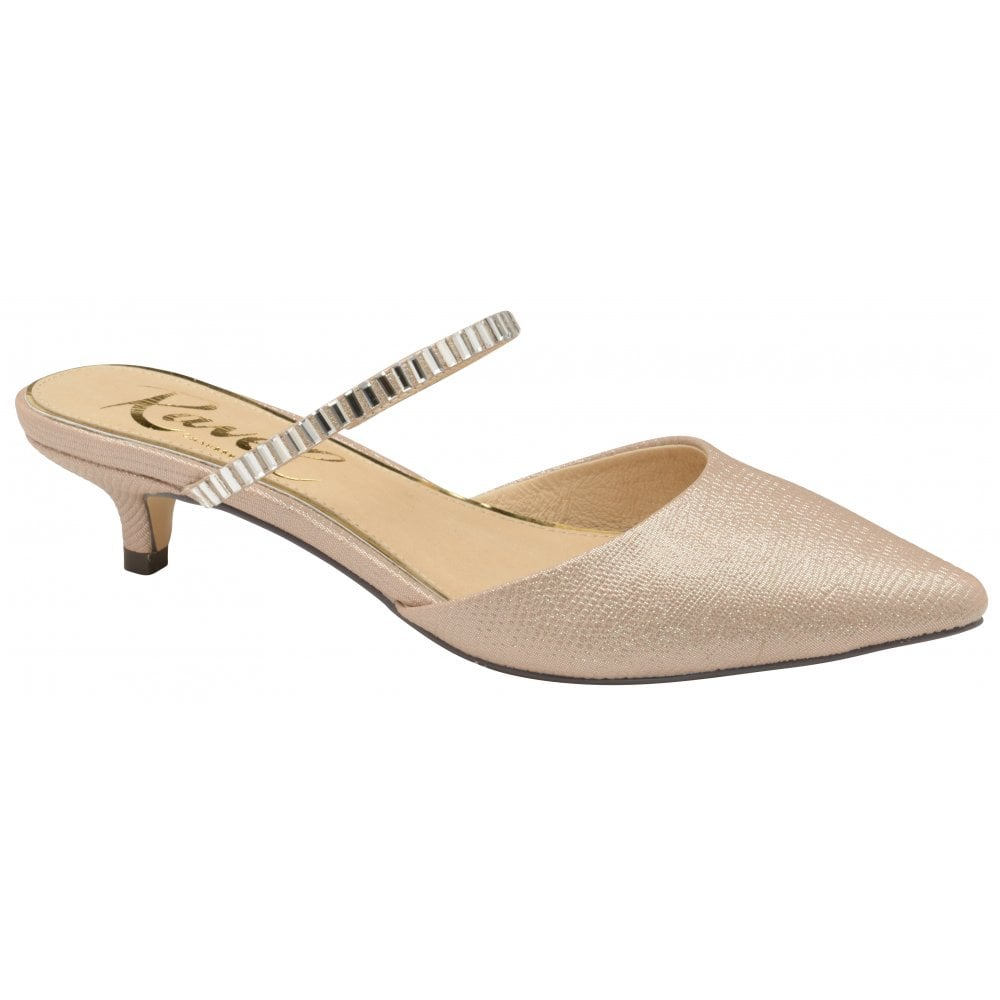 c9a7e4c8d002 Buy Ravel ladies  Odessa shoes in rose online.